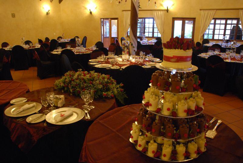 cake display Valverde