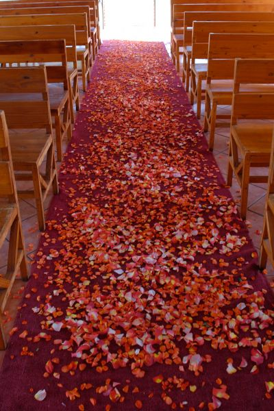 chapel-empty-carpet
