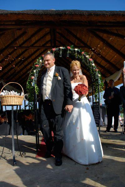 just married vista chapel