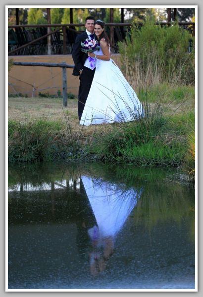 dam reflection Valverde