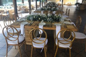 Olive lapa wooden table